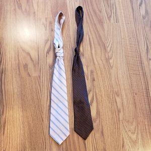 Accessories - 2 Mens ties